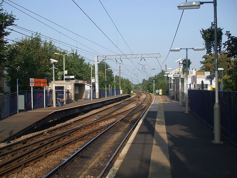 South Tottenham station
