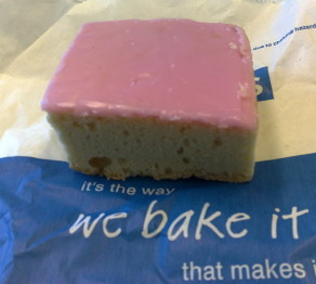 Tottenham_cake